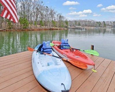 Explore w/ paddle board, kayaks and deep water dock near big water - Reed Creek