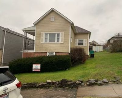 560 W 43rd St, Shadyside, OH 43947 3 Bedroom House