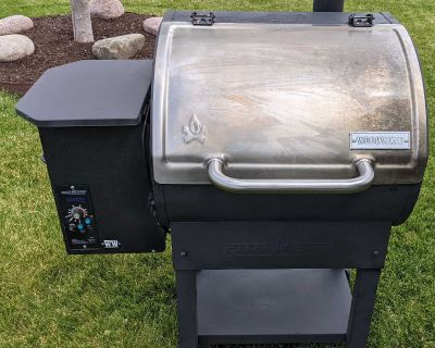 Camp Chef Woodwind Pellet Grill Smoker