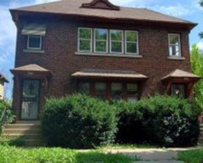 2550 N 38th St, Milwaukee, WI 53210 2 Bedroom Apartment