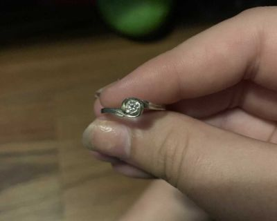 Size 7 promise ring