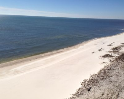***Million Dollar View FOR YOU W/ PRIVATE PARKING in GATED GARAGE** - Perdido Key