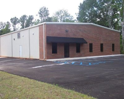 Quality Office/Warehouse Building