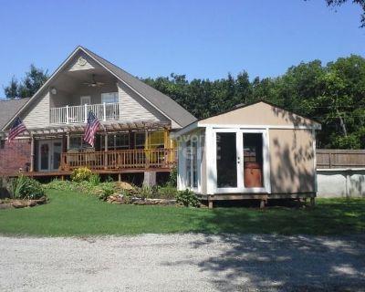 Large 5 Bedroom Lake Hudson home Pryor