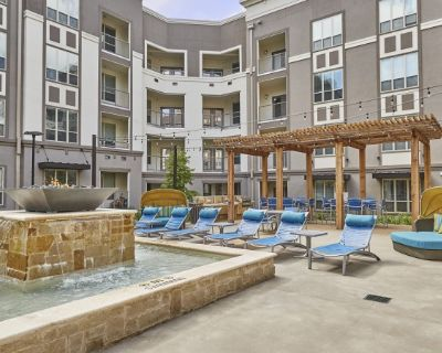 Live the dream in this upscale Frisco 2 BR