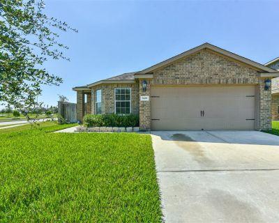 9438 Emerald Green Drive, Rosharon, TX 77583