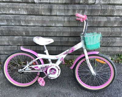 White and pink bicycle / bike