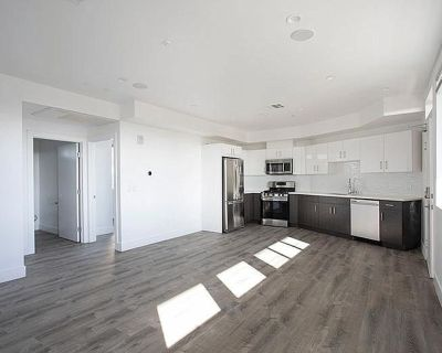 New 1 Bedroom, 1 Bathroom with Rooftop Patio! Available for Immediate Move In!