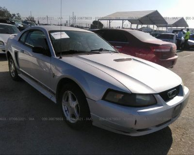 Salvage Silver 2001 Ford Mustang