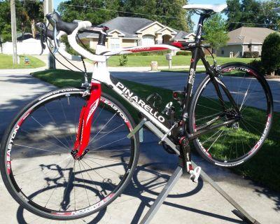 Pinarello f4:13 carbon road bike 57 cm