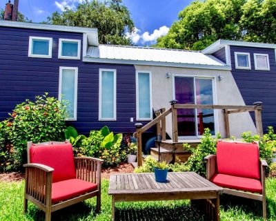 The Universal - Stylish Tiny Home Perfect for a Family Vacation - Northwest Orlando