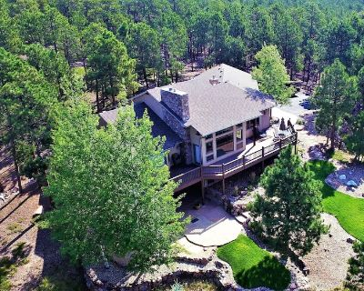 Mountain Style Home, Perfect for Making Colorado Memories - El Paso County