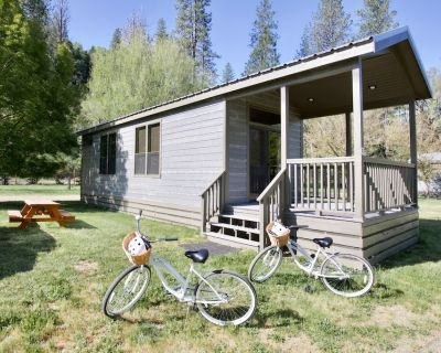 Single Queen, Double Twin Cottage - Mandala Springs Wellness Retreat Center - Kelseyville