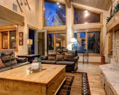Abode at Arrowood | Best value in DV! Private Hot Tub! 3 Private Master Suites! - Park City