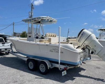 2020 Carolina Skiff Sea Chaser 24 HFC Center Console