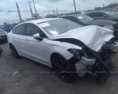 Salvage White 2018 Ford Fusion
