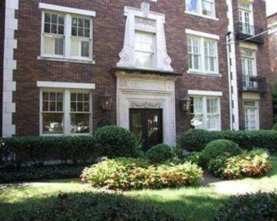 18 Collier Rd Nw #4, Atlanta, GA 30309 2 Bedroom Condo