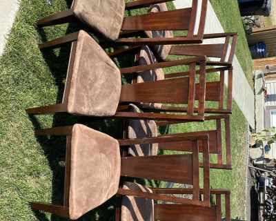 Dining chair steer for free.