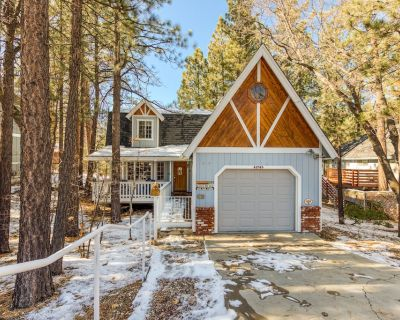 Cozy & comfortable, dog-friendly home w/deck and easy access to Snow Summit! - Summit Estates