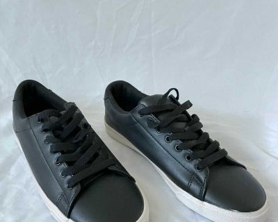 H&M Sneakers Size 40 9.5 US