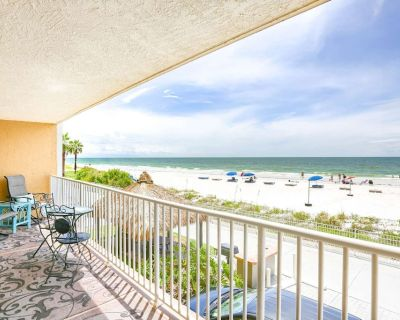 Direct Beachfront Condo with AMAZING Gulf Views! Pool, Grill, Free Wi-Fi & Parking! 106 Seagate - Indian Shores