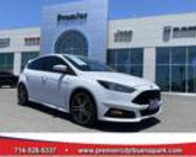 2017 Ford Focus White, 38K miles
