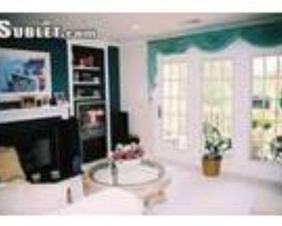 2 Bedroom In Fairfax VA 22315