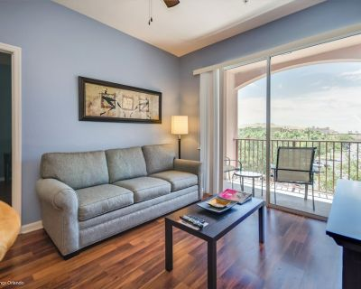 Third-floor 3-bedroom, 2-bath pet friendly condo near the clubhouse and pool! - Orlando
