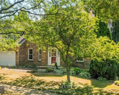 2305 University Ct, Naperville, IL 60565 | 4-Bedroom Homes for Sale (MLS# 11091429) By Teresa Ryan  - Real Estate Broker