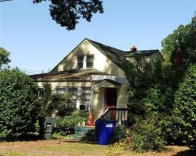 1110 Noble St, Norfolk, VA 23518 1 Bedroom Apartment