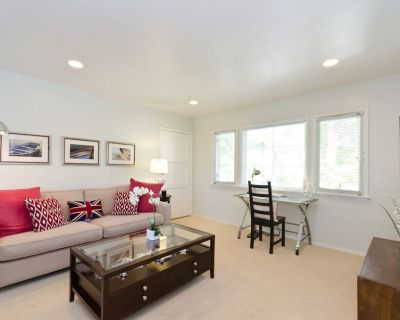 Pacific Palisades Charming Treehouse 2 Bedroom Duplex - Pacific Palisades
