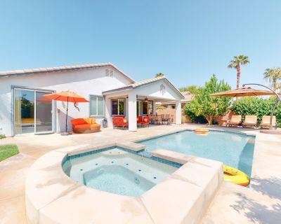 Dreamy Desert Gem W/ Private Pool, Free WiFi & Gourmet Kitchen! - Bella Vida