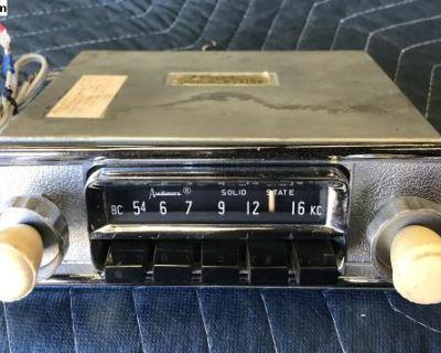 AudioVox AM C-4104A 6V &12V Convertible Radio
