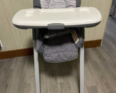 Graco high chair (excellent condition)