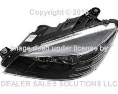 Mercedes W204 C300 C350 Oem Left Headlight Assembly Halogen Sport Package 952