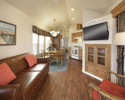 Cozy Vacation Cottage 200 at Pismo Sands RV Resort - Oceano
