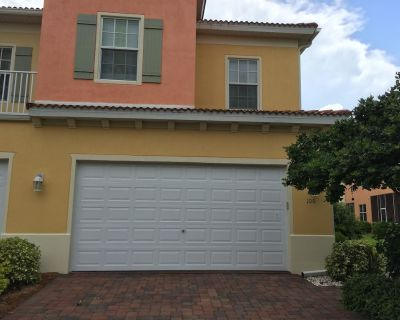 Luxury Townhouse Near Ft. Myers Beach! Hdtv! New Listing!!! - Fort Myers