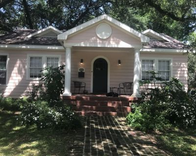 Charming House in Prime Location Near UL, Hospitals, Downtown - Downtown Lafayette