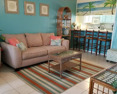 ENTIRE UNIT RENOVATED!!! Free Parking/WIFI. Make payments /see our reviews! - Gulf Shores