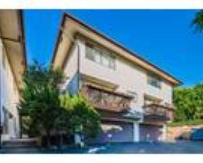 Spacious South Pasadena Town Home