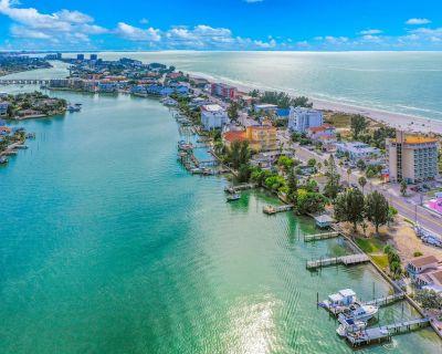 Oceanfront Resort with High-Speed WiFi & Direct Beach Access - Snowbird-Friendly - Treasure Island