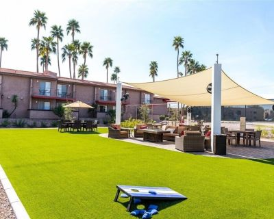 105 Fully furnished studio apartment! Utilities, cable, wifi and golf-FREE! - Scottsdale