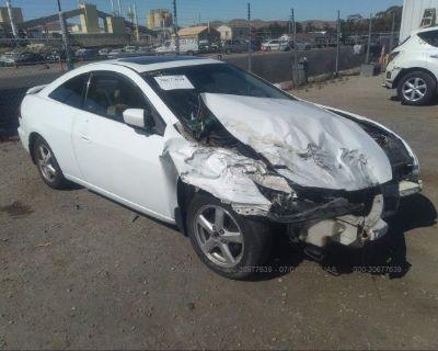 Salvage White 2004 Honda Accord Cpe