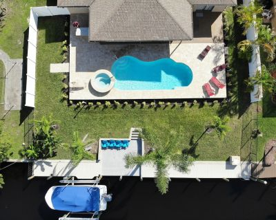 Saltwater pool & spa, Gulf Access, Canal, Dock, Boat rental available. - Caloosahatchee