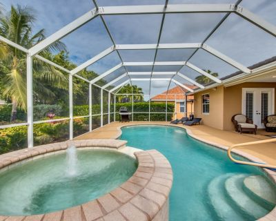 NEW to VRBO - Tropical Oasis Vacation Home, Heated Pool/Spa, Billiards Table.... - Pelican
