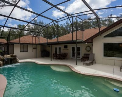Home with Pool, Christmas Decor, and Grand Piano in Winter Springs, Winter Springs, FL