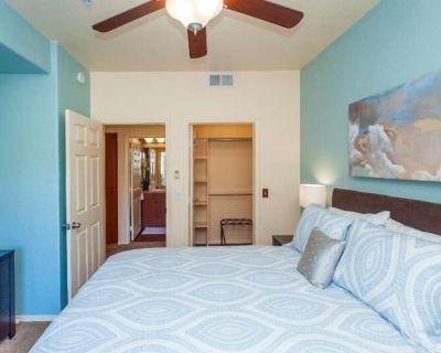 Desert Oasis for the Urban Explorer (NO CARPET! NEW KING BED MASTER BEDROOM) - North Mountain