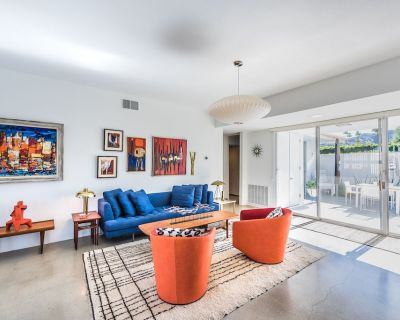 Sublime Modernist Architecture & Interior Design For The Discerning Traveler - Palm Springs