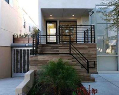 2651 S Hobart Blvd #4, Los Angeles, CA 90018 4 Bedroom Apartment