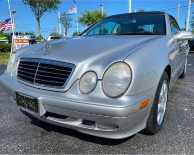 2000 Mercedes-Benz CLK320